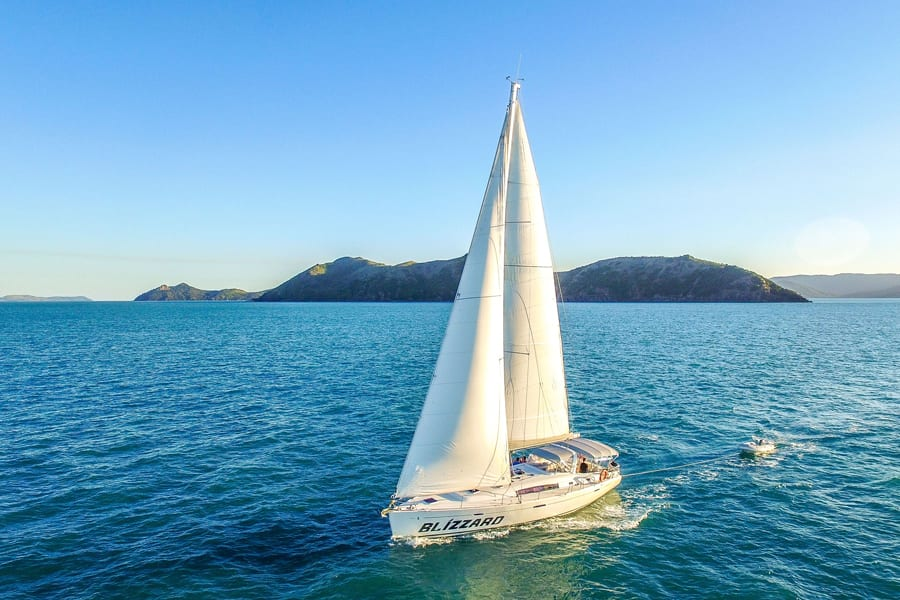 Sailing the Whitsundays on Blizzard