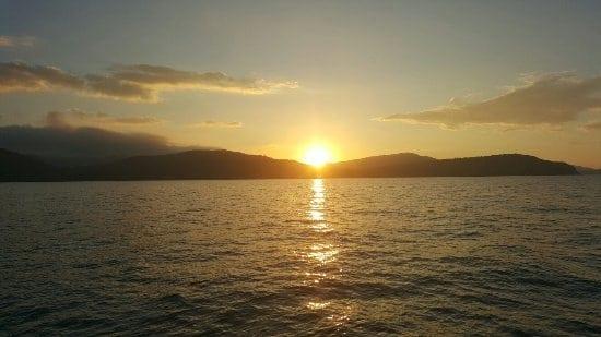 Sunset cruise in the Whitsundays